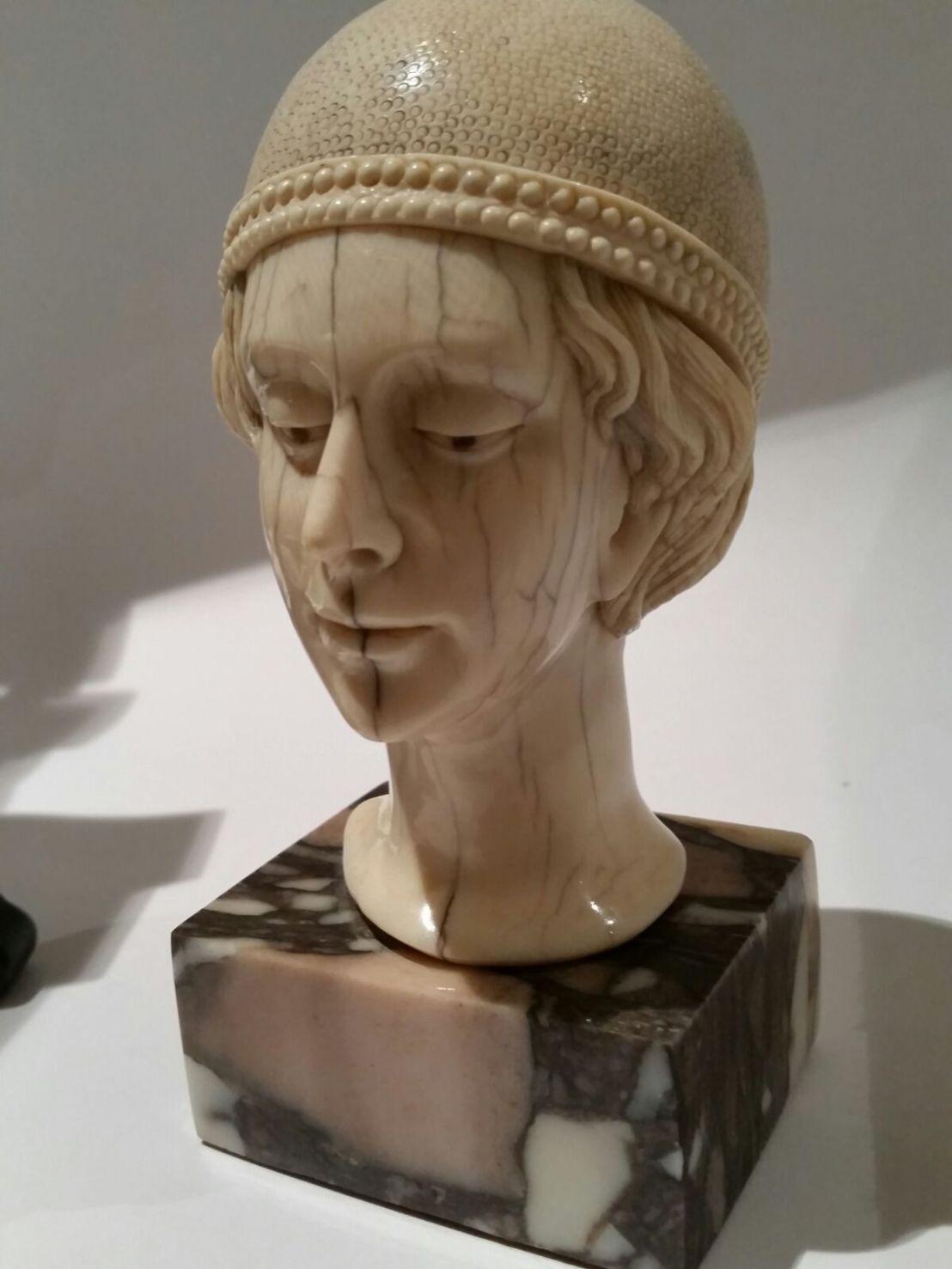 cabeza marfil IMG-20151203-WA0005